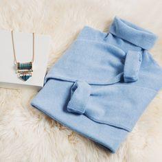 Кашемировый джемпер Blue Sky Cashmere - ласковый и нежный во всех отношениях! Очень приятен на ощупь, и цена его вовсе не кусается, особенно со скидкой 30%! #кашемир #cashmere #cosy