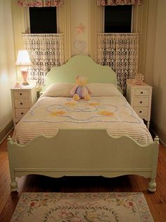 $495. Mint Green Full Size Bed. http://www.foreverpinkcottagechic.com/beds.html