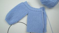 com/jersey-de-bebe-enrique ALSO english Baby Hats Knitting, Knitting For Kids, Baby Knitting Patterns, Knitted Hats, Knit Vest, Baby Cardigan, Sweater Cardigan, Bebe Baby, Baby Coat