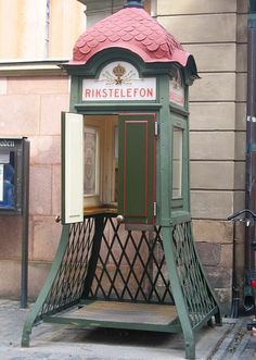 http://www.TravelPod.com - Old phone booth by TravelPod member B-h-ontour, from Stockholm, Sweden