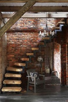 Stair Railing Design, Home Stairs Design, Interior Stairs, Loft Design, Design Case, House Design, Rustic Staircase, Rustic Home Design, Ivy House