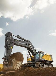 Bigger is better pentru cel mai impunator excavator pe şenile Volvo   M. EQUIPMENT │News