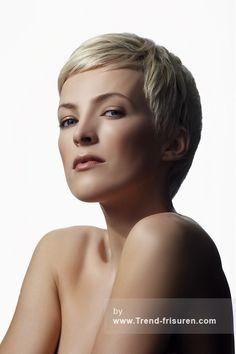 Westrow FRISEUR Kurze Blonde weiblich Gerade Reife Frauen Haarschnitt Frisuren hairstyles
