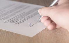 Wir unterschreiben den Bauantrag