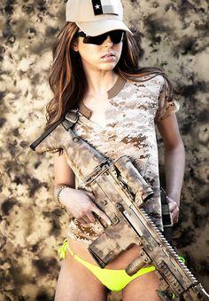 """bulldogs-und-moepse: """" Rhian Marie Sugden - International Lingerie Model """""""
