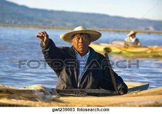 pescador, en un bote, y, actuación, un, pez, Janitzio, isla, lago, patzcuaro, patzcuaro, estado de michoacan, méxico Ver Imagen agrandada