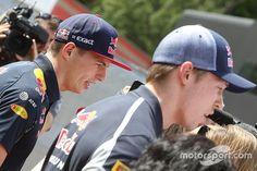 """Webber: """"Verstappen promoveren was juist, Kvyat heeft moeilijke taak"""""""