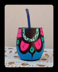 Painted Flower Pots, Painted Pots, Ceramica Artistica Ideas, Cerámica Ideas, Flower Pot Crafts, Desiderata, Posca, Terracotta Pots, Handicraft