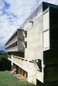 Fondation Le Corbusier - Buildings - Couvent Sainte-Marie de la Tourette.