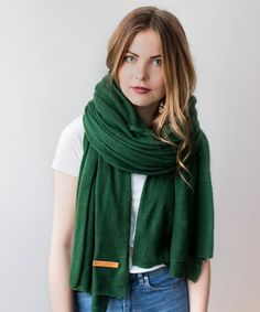 Knitted Cashmere Scarf - Forest Green