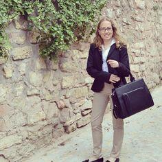 Un look formal para un día de trabajo www.ideassoneventos.com #ideassoneventos #imagenpersonal #imagen #moda #ropa #looks #vestir #fashion #outfit #ootd #style #tendencias #fashionblogger #personalshopper #blogger #me #streetstyle #postdeldía #blogsdemoda #instafashion #instastyle #instalife #instagood #instamoments #job #myjob #currentlywearing #clothes #casuallook #lookformal