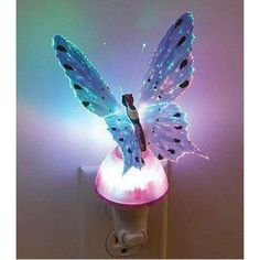Ylyycc Butterfly Optic Fiber Color Changing Night Light LED Small Night Light Blue Color  Name:Butterfly Optic Fiber Color Changing #Night #Light  Color:Blue  Lampshade Material:pvc  Switch type :Push button  voltage:110-230V  Size:about 4*5*6.6inches