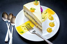Mango and Lemon Entremet. This mango and lemon entremet is exquisite delicate and refreshing! A real pastry masterpiece that can be made at home. Pastry Recipes, Cake Recipes, Dessert Recipes, Cooking Recipes, Lemon Mousse, British Bake Off, Fancy Desserts, Mousse Cake, Food Plating
