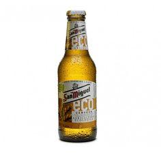 San Miguel ECO es la primera cerveza ecológica española elaborada con ingredientes procedentes de la agricultura ecológica. Botella de 33cl.