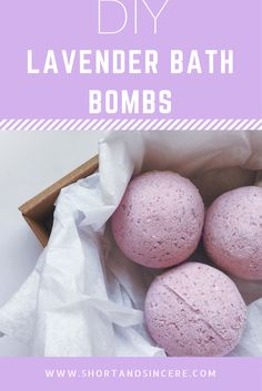 DIY lavender bath bombs. How to make your own homemade bath bombs!