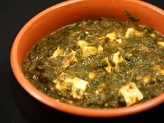 Spanac cu telemea Ovo Vegetarian, Vegetarian Recipes, Palak Paneer, Sushi, Avocado, Healthy, Ethnic Recipes, Food, Salads