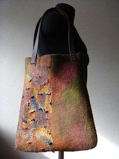 Wool felt bag by Deborah budney Nuno Felting, Needle Felting, Felt Purse, Felt Art, Felt Crafts, Purses And Handbags, Wool Felt, Tote Bag, Felted Bags