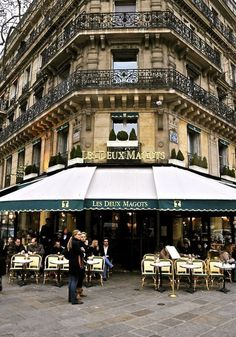 A cafe in Paris. Great morning Sun