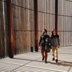 Bernauer Strasse, Gedänkstätte Berliner Mauer | Thomas Kakareko plays with the light in his #lightislife journey in Berlin