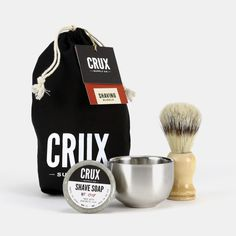 Lather up for a close shave with this trifecta of essential tools including a lightweight boar bristle brush, a rich-lathering clay-base shave soap and a double-wall stainless steel bowl. Boar Bristle Brush, Shaving Oil, Shaving Brush, Essential Oil For Men, Graduation Gifts For Guys, Pre Shave, Bentonite Clay, Beard Grooming