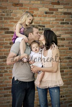 Cute Family 2012. Photo Session Ideas | Props | Prop | Child Photography | Pose Idea | Poses
