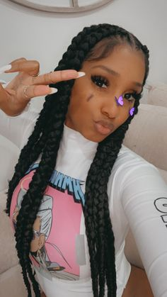 box braids with color & box braids ` box braids hairstyles ` box braids medium ` box braids with color ` box braids hairstyles for black women ` box braids with curly hair ` box braids styling ` box braids with curly ends Box Braids Hairstyles, Concert Hairstyles, Baddie Hairstyles, Braids Wig, Black Girls Hairstyles, Braids Easy, Hairstyles Pictures, Elegant Hairstyles, Cornrows