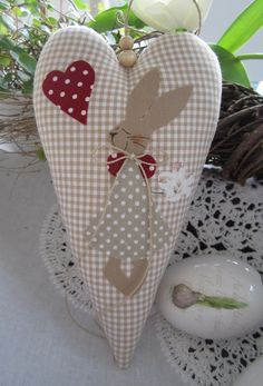 Today we're decorating a bunny cottage with Tammy just in time for Easter! Easter Crafts, Christmas Crafts, Fabric Hearts, Heart Crafts, Hanging Hearts, Spring Crafts, Easter Bunny, Diy And Crafts, Sewing Projects