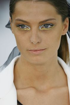 Chanel - Spring 2007 Ready-to-Wear - Look 1 of 82