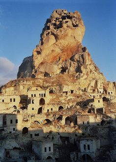 Leica Ortahisar Castle, Cappadocia (Kapadokya Turkey) – Natalie Compton – Join the world of pin Ancient Architecture, Amazing Architecture, Leica, Places To Travel, Places To See, Places Around The World, Around The Worlds, Cappadocia Turkey, Ancient Ruins