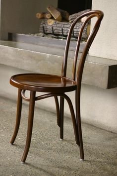 No. 18 Bentwood Cafe Chair | Thonet  1860