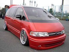 Theme Tuesdays: Toyota Estima/Previas - Stance Is Everything Toyota Van, Toyota Previa, Mini Vans, Vanz, Cars And Coffee, Busses, Custom Vans, Ford Explorer, Scion
