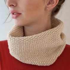 Classic oatmeal cowl made of yak down yarn. I could wear mine every day. Ethical Shopping, Cowl, Knitting, My Style, Oatmeal, How To Wear, Inspired, Classic, Women