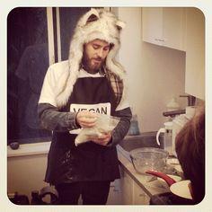"""""""Jared whipping up his famous vegan pancakes! #VyRTtheMARSLab"""""""