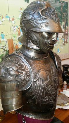 Styrkarr's hand made armor by artist Ugo Serrano - Imgur