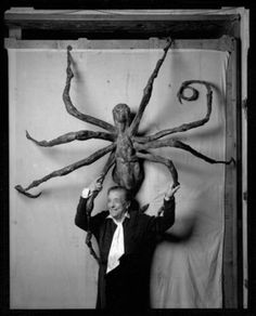 Louise Bourgeois with Spider IV in 1996 by Peter Bellamy