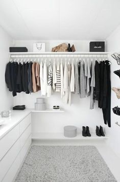 Trendy Bedroom Closet Organization Wardrobe Organisation Tips Walk In Wardrobe, Bedroom Wardrobe, Wardrobe Closet, Modern Wardrobe, Walking Wardrobe Ideas, Capsule Wardrobe, Wardrobe Organisation, Closet Organization, Organization Ideas