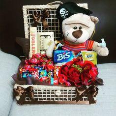 Linda Cesta de Chocolate para presentear seu amor nesse Dia dos Namorados. (11)2537-4849 / 98942-9461