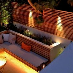 London Garden uses Western Red Cedar Slatted Screens for privacy without losing . - London Garden uses Western Red Cedar Slatted Screens for privacy without losing any light. Design b - Backyard Fences, Backyard Landscaping, Backyard Ideas, Landscaping Ideas, Fence Ideas, Backyard Privacy, Backyard Seating, Fence Garden, Patio Ideas