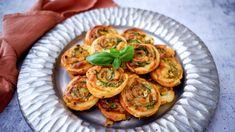 Pepperoni, Bruschetta, Mozzarella, Pesto, Ethnic Recipes, Food, Essen, Meals, Yemek