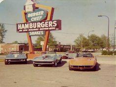 vintag corvett, burger joint