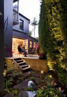 Pin more images of this funky garden at www.designhunter....  #landscape design