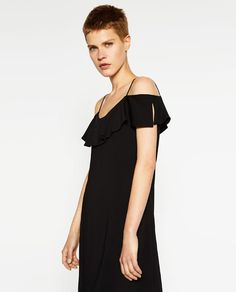 DRESS WITH FRILLY SLEEVES