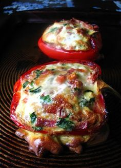 Baked Breakfast Peppers! Great breakfast recipe! Trying this tomorrow morning! | foodies n pup