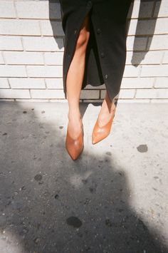 Shoes Fall / Winter Trends - I can't wait to change the wardrobe. Fashion Shoes, Girl Fashion, Womens Fashion, Rachel Comey, Fall Winter Outfits, Winter Shoes, Minimal Fashion, Ethical Fashion, Character Shoes
