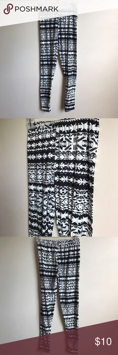 Selling this Nordic Print Leggings on Poshmark! My username is: megbell08. #shopmycloset #poshmark #fashion #shopping #style #forsale #Fine #Pants
