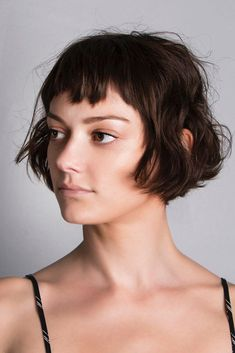Let Short Bangs Adorn Your Life This Year , Bob Short Haircuts And Baby Bangs ❤️ Do you know that short bangs are the classic trend that every wo. Short Hairstyles For Thick Hair, Haircuts For Curly Hair, Undercut Hairstyles, Hairstyles With Bangs, Short Hair Cuts, Curly Hair Styles, Very Short Bangs, Asymmetrical Bob Haircuts, Long Bob Haircuts