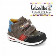 Nouveau Enfants Garçon Fille Bébé Haute Qaulity Casual Chaussures Pour Enfants Parent enfant brun Noir Rose De Luxe Fashion Designer Chaussure Eur