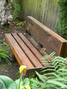 DIY Garden Bench made from scraps!  For hot tub area..to put towels and robes on?