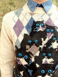 Knitted kitties- freaking me out!