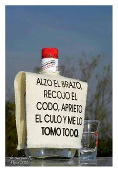 Aguardiente antioqueño! Fonda Paisa, Pride And Glory, Funny Adult Memes, Colombian Food, Smart Quotes, Bad Influence, My Roots, Bartender, Book Quotes